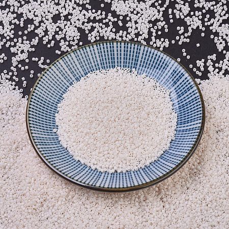 MIYUKI Delica Beads, Cylinder, Japanese Seed Beads, 11/0, (DB1490) Opaque White Glazed, 1.3x1.6mm, Hole: 0.8mm; about 2000pcs/10g