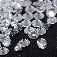 NBEADS 1000pcs Cubic Zirconia Cabochons, Grade A, Faceted, Diamond, Clear, 2mm