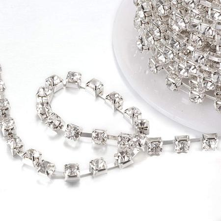 NBEADS 1 Roll 4mm Clear Rhinestone Diamante Crystal Chain 10 Yard Length Wedding Supplies DIY Sewing Craft Jewelry Making Party Decorations